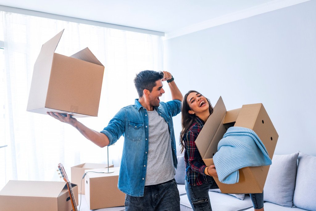 newly wed couple moving in``